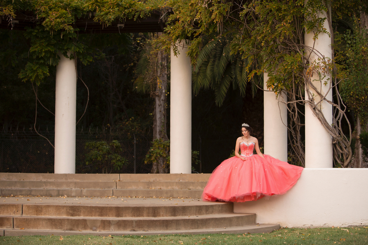 Laura_Cottril_Mills_College_quinceanera_6